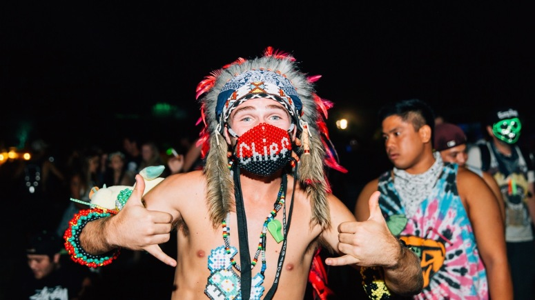 nocturnal_wonderland_2015_galen_oakes_headdresses-1
